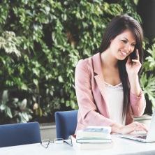 Psykolog ger konsultationer kostnadsfritt online